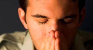 современным мужчинам стыдно плакать