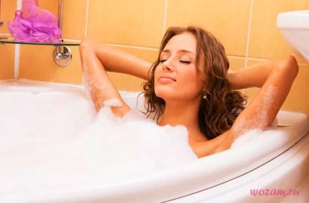 принимать ванну во время месячных